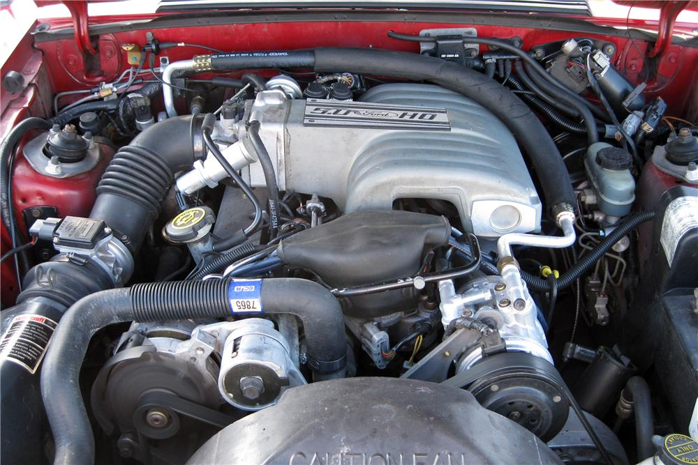 1989 FORD MUSTANG CONVERTIBLE - Engine - 185889