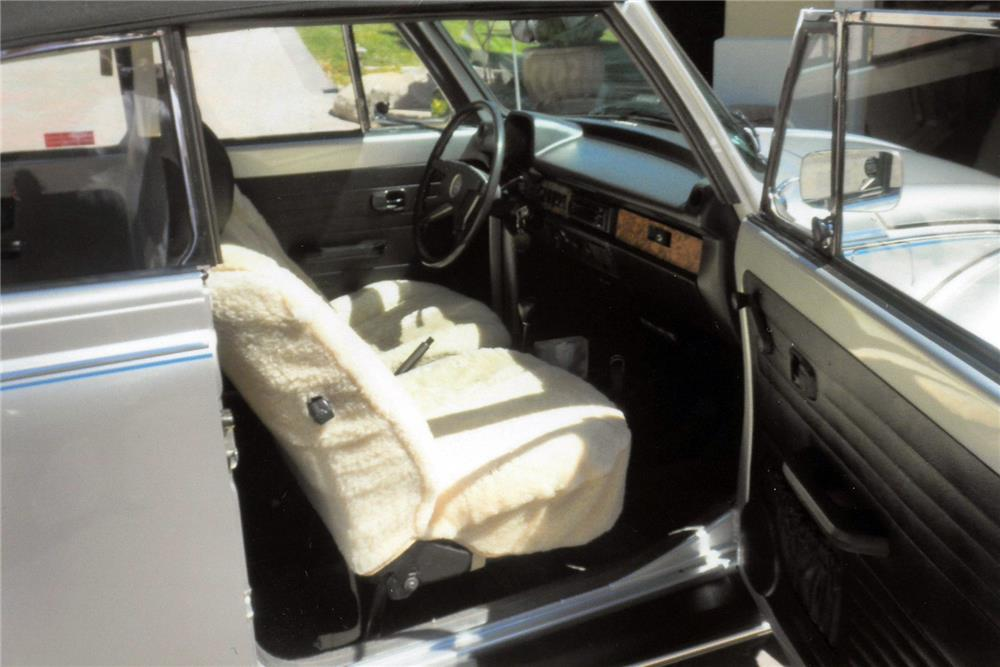 1979 VOLKSWAGEN BEETLE CONVERTIBLE - Interior - 185923