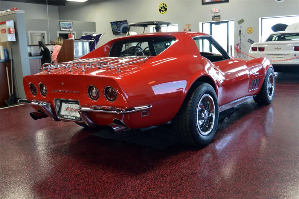 1969 CHEVROLET CORVETTE CUSTOM COUPE - Rear 3/4 - 186012