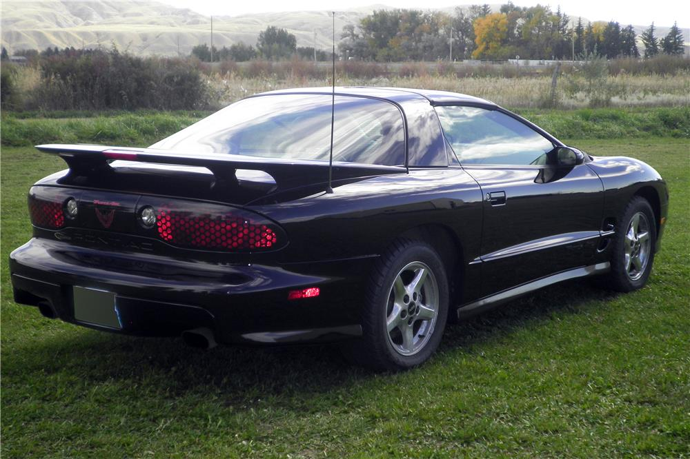2001 PONTIAC TRANS AM - Rear 3/4 - 186436