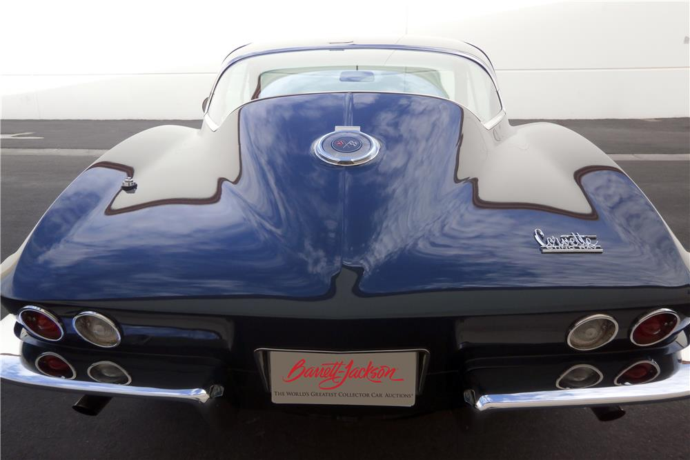 1966 CHEVROLET CORVETTE 427/425 - Rear 3/4 - 186456