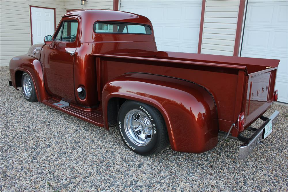 1956 FORD F-100 CUSTOM PICKUP - Rear 3/4 - 186462