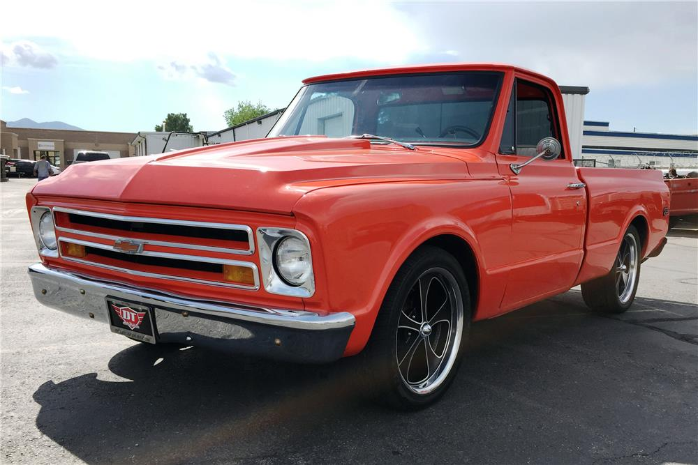 1968 CHEVROLET C-10 CUSTOM PICKUP - Front 3/4 - 186478