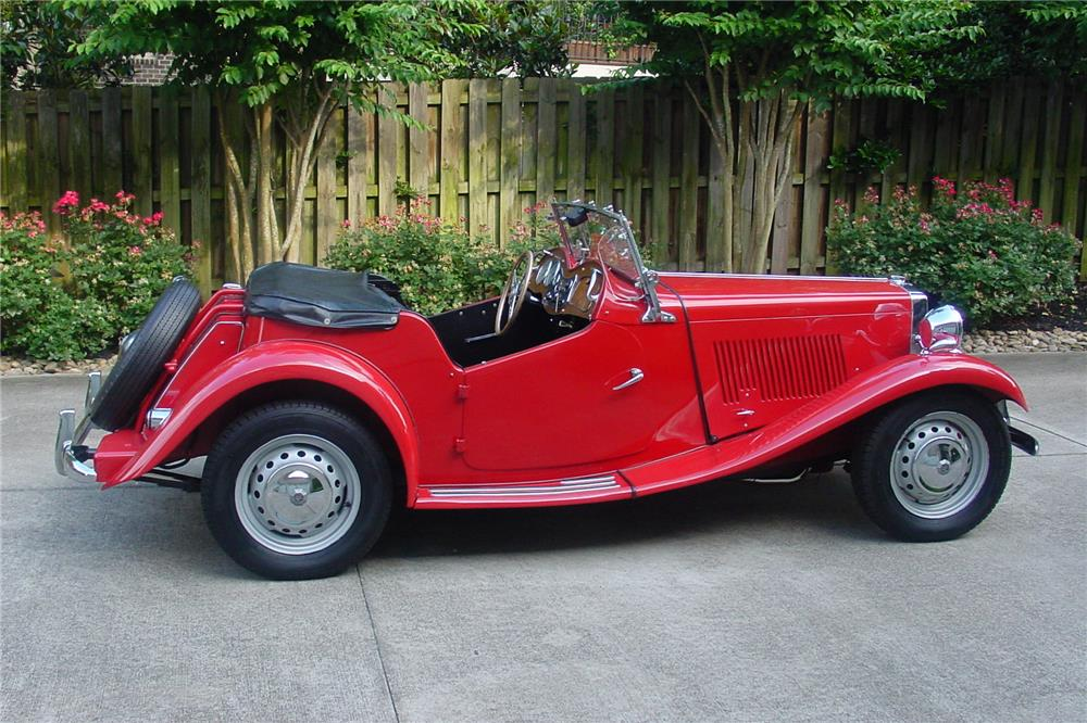 1953 MG TD ROADSTER - Side Profile - 186810