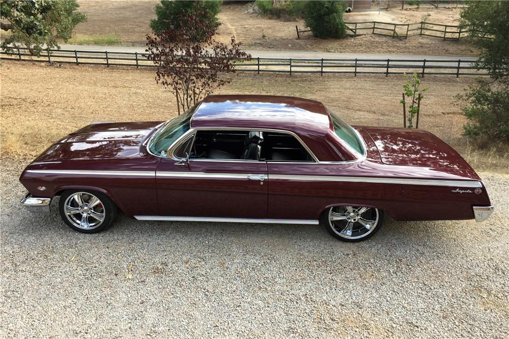 1962 CHEVROLET IMPALA SS - Side Profile - 186815