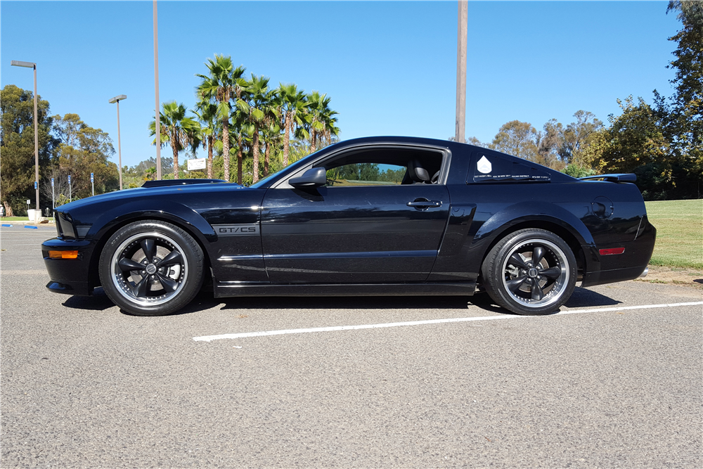2009 FORD MUSTANG CALIFORNIA SPECIAL COUPE - Side Profile - 186844