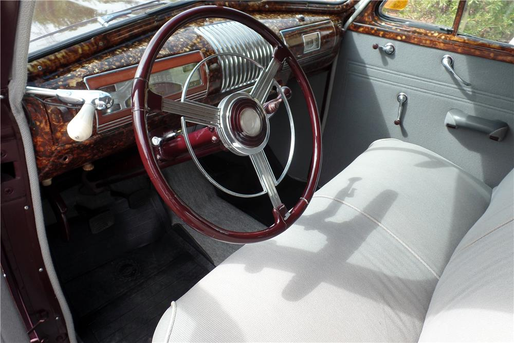 1939 BUICK SERIES 40 4-DOOR SEDAN - Interior - 186876