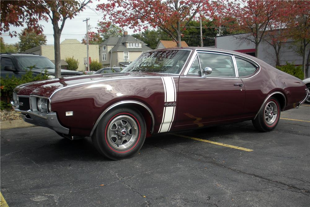 1968 OLDSMOBILE 442  - Front 3/4 - 186960