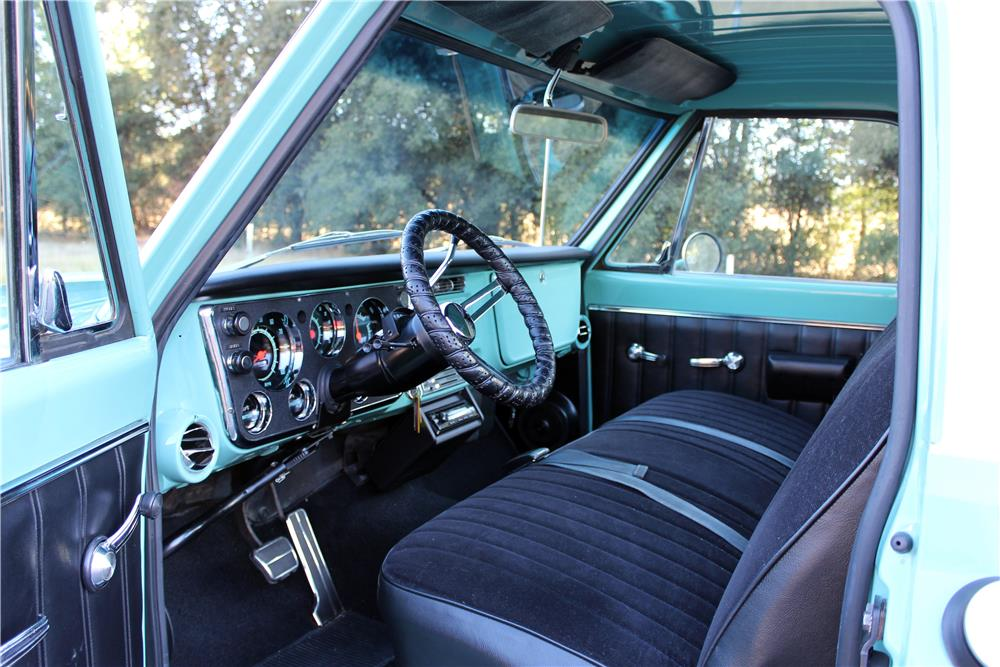 1968 GMC 1500 CUSTOM PICKUP - Interior - 186983