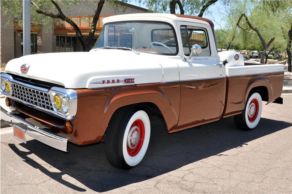 1960 FORD F-100 PICKUP - Front 3/4 - 186989