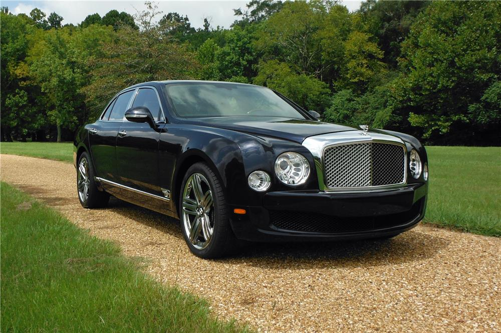 2013 BENTLEY MULSANNE SEDAN - Front 3/4 - 186998