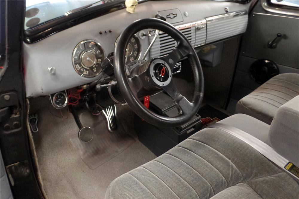 1951 CHEVROLET 3100 CUSTOM PICKUP - Interior - 187015