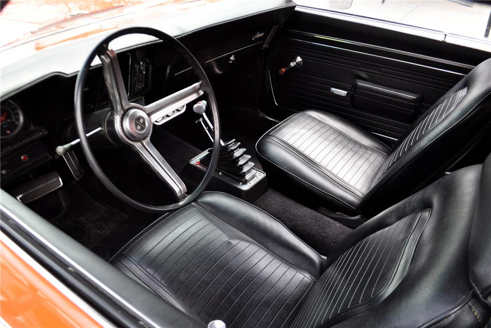 1969 CHEVROLET CAMARO CUSTOM COUPE - Interior - 187035