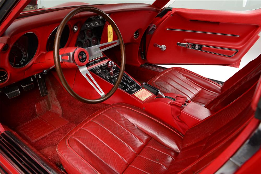 1968 CHEVROLET CORVETTE L88 - Interior - 187044