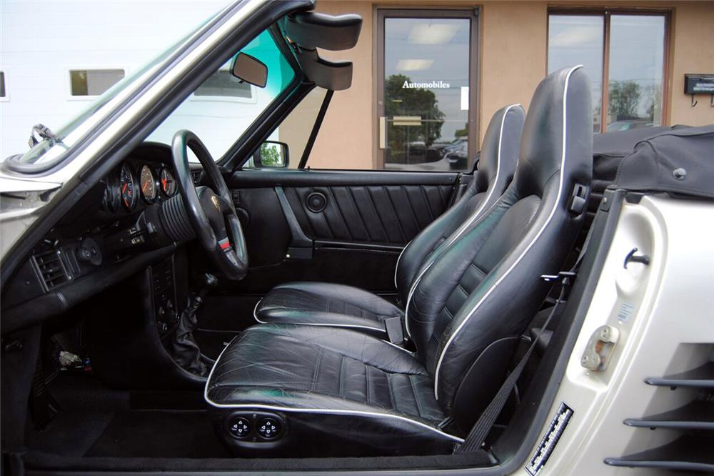 1989 PORSCHE 911 TURBO CABRIOLET - Interior - 187060