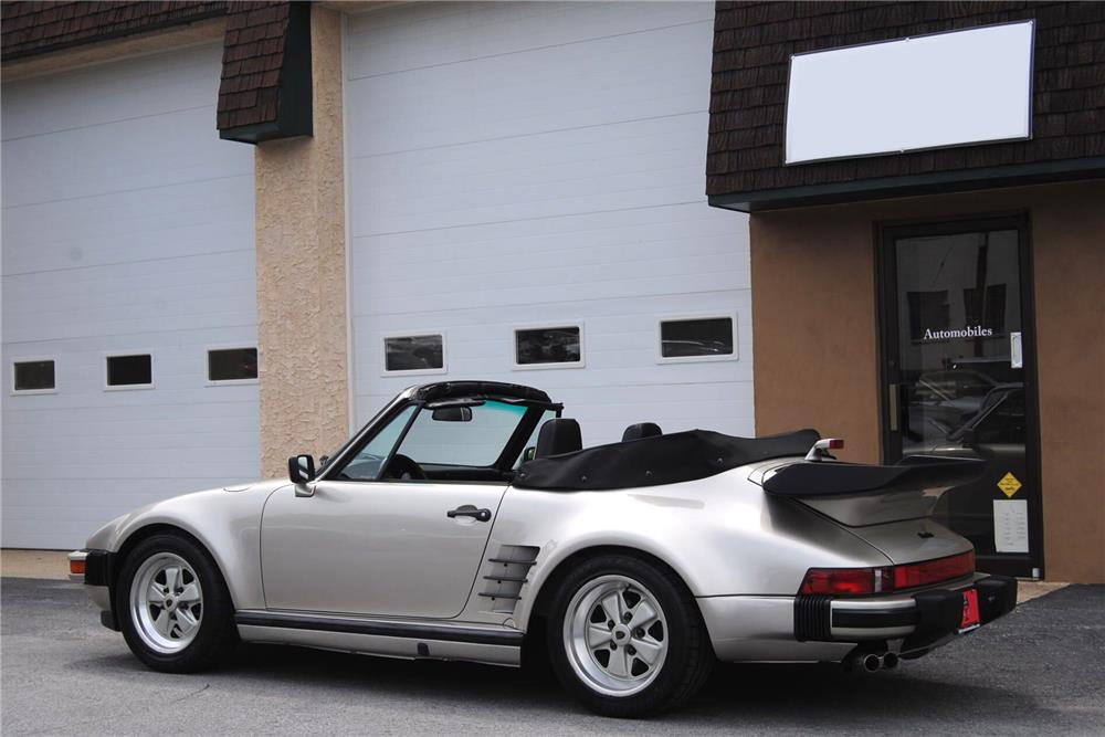 1989 PORSCHE 911 TURBO CABRIOLET - Rear 3/4 - 187060