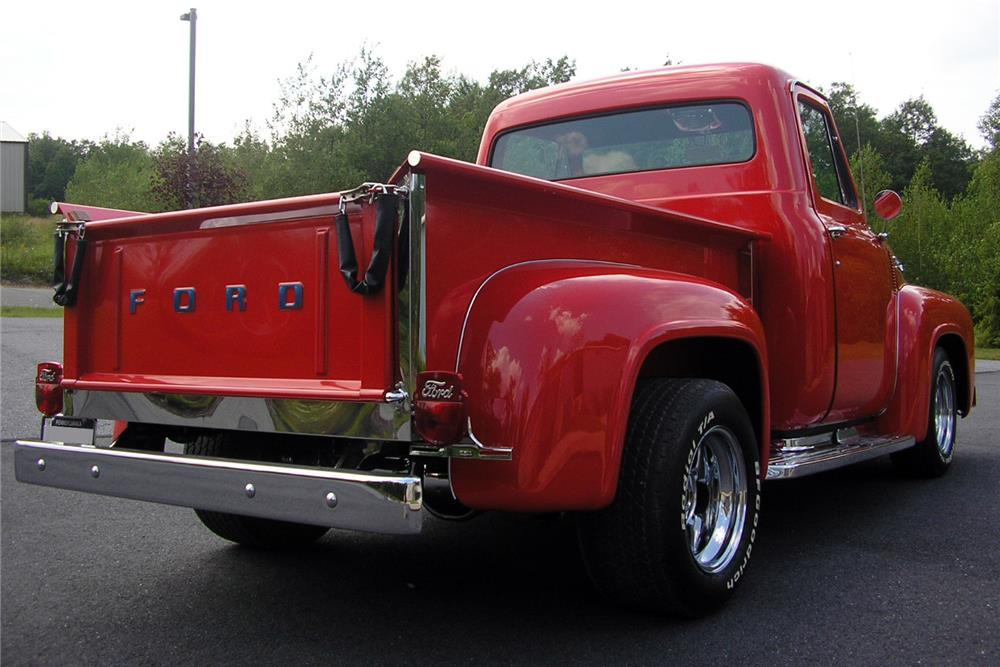 1953 FORD F-100 CUSTOM PICKUP - Rear 3/4 - 187070