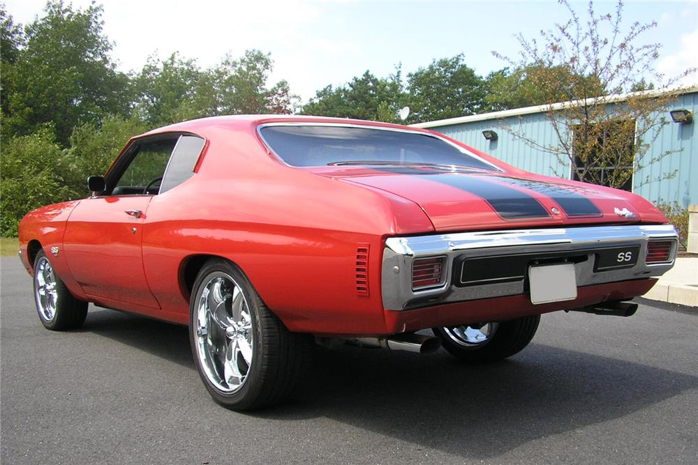 1970 CHEVROLET CHEVELLE CUSTOM COUPE - Rear 3/4 - 187072
