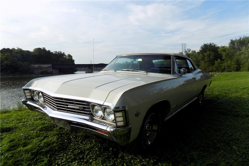 1967 CHEVROLET IMPALA SS CONVERTIBLE - Front 3/4 - 187077