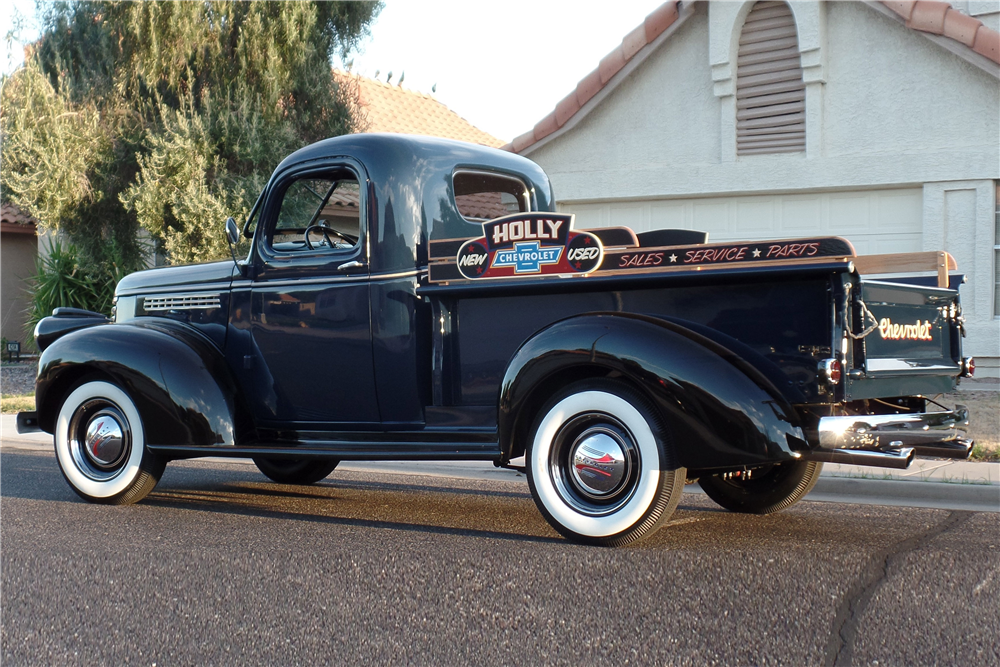1946 CHEVROLET PICKUP - Rear 3/4 - 187084