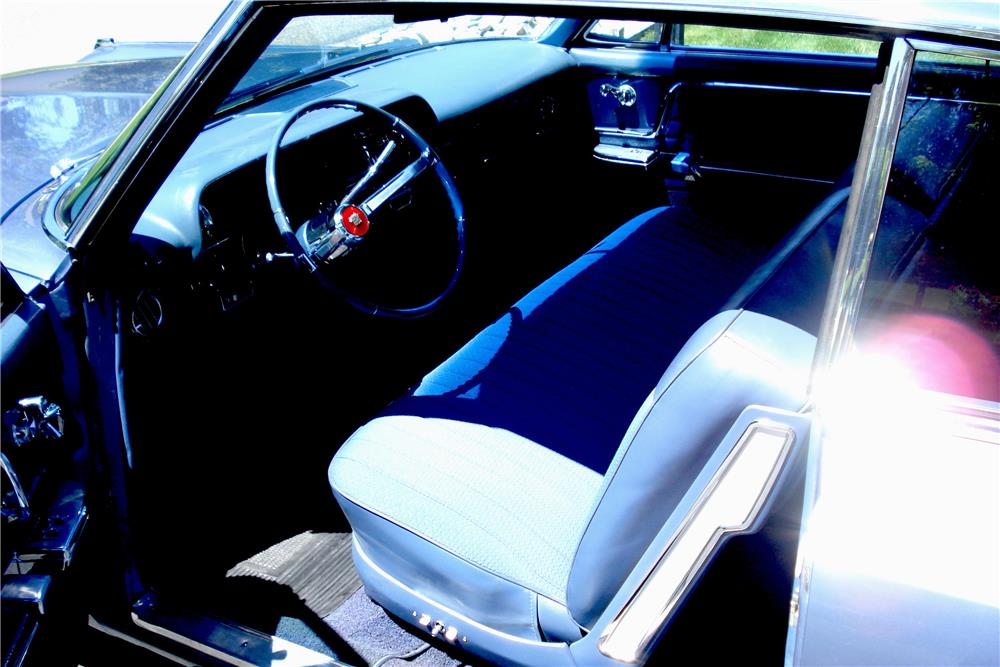 1963 CADILLAC SERIES 62 - Interior - 187105