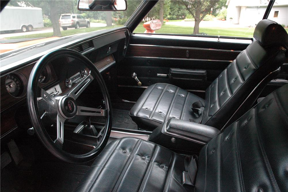 1971 OLDSMOBILE 442 W30  - Interior - 187124