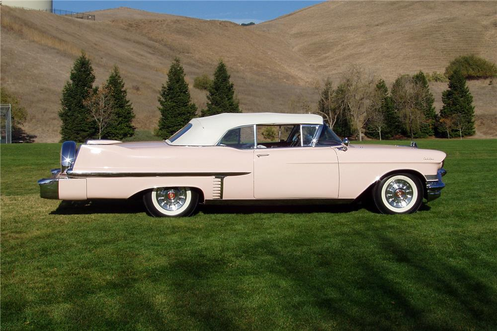 1957 CADILLAC SERIES 62 CONVERTIBLE - Side Profile - 187151