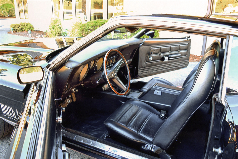 1971 FORD MUSTANG MACH 1 FASTBACK - Interior - 187153