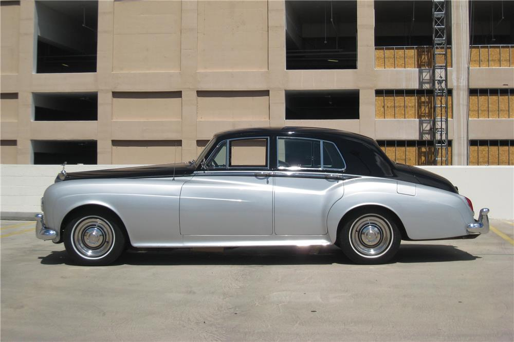 1965 ROLLS-ROYCE SILVER CLOUD III SALOON - Side Profile - 187185