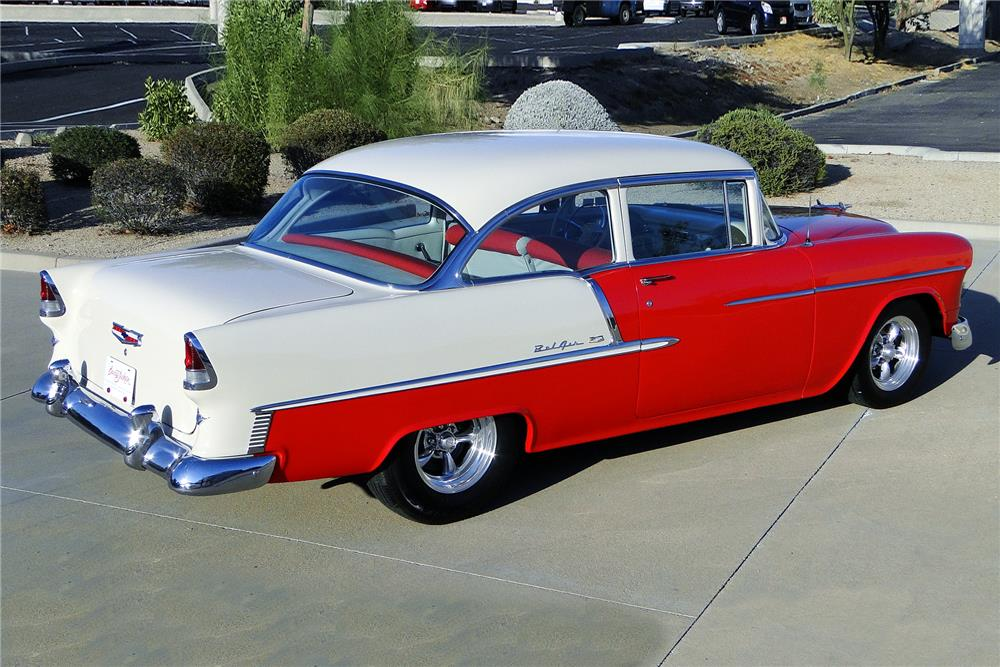 1955 CHEVROLET BEL AIR CUSTOM SEDAN - Rear 3/4 - 187197