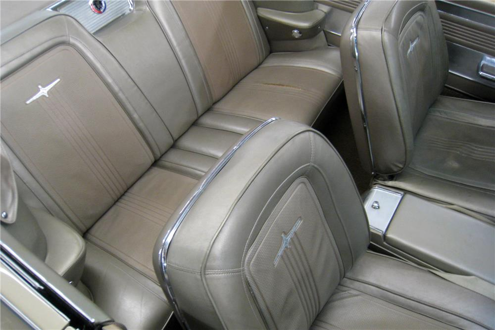 1964 CHRYSLER 300K HI-PO CONVERTIBLE - Interior - 187199