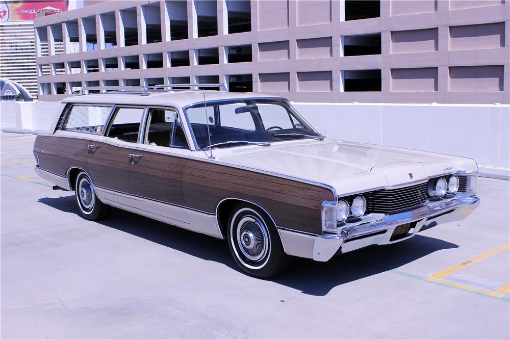 1968 MERCURY COLONY PARK WAGON - Front 3/4 - 187209
