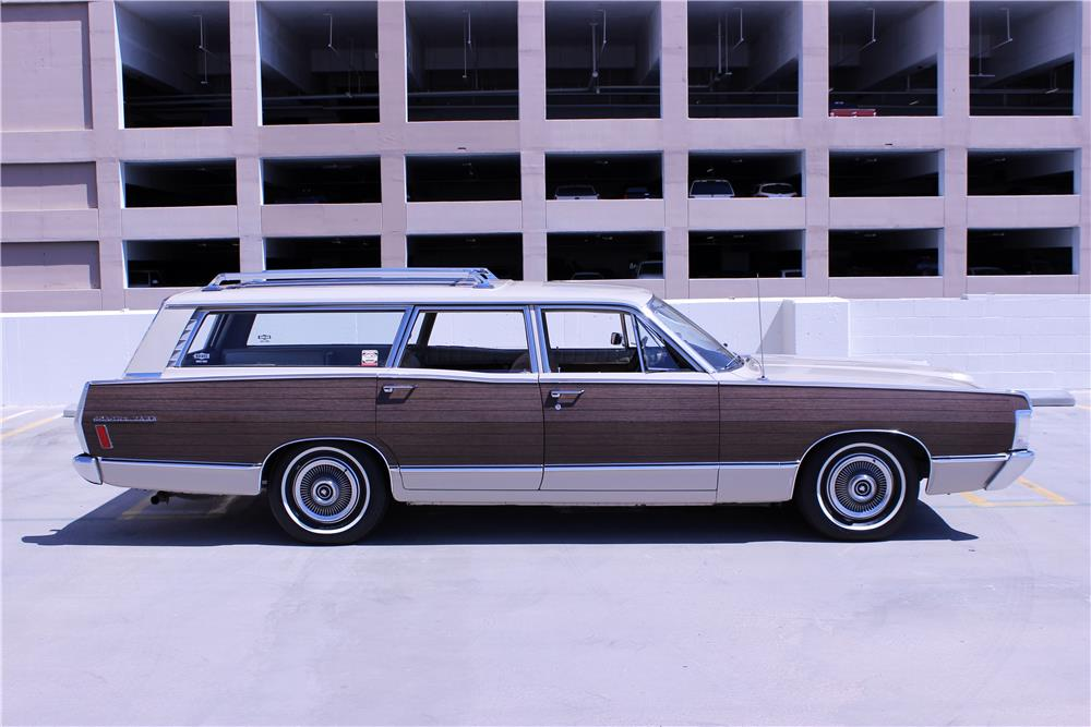 1968 MERCURY COLONY PARK WAGON - Side Profile - 187209