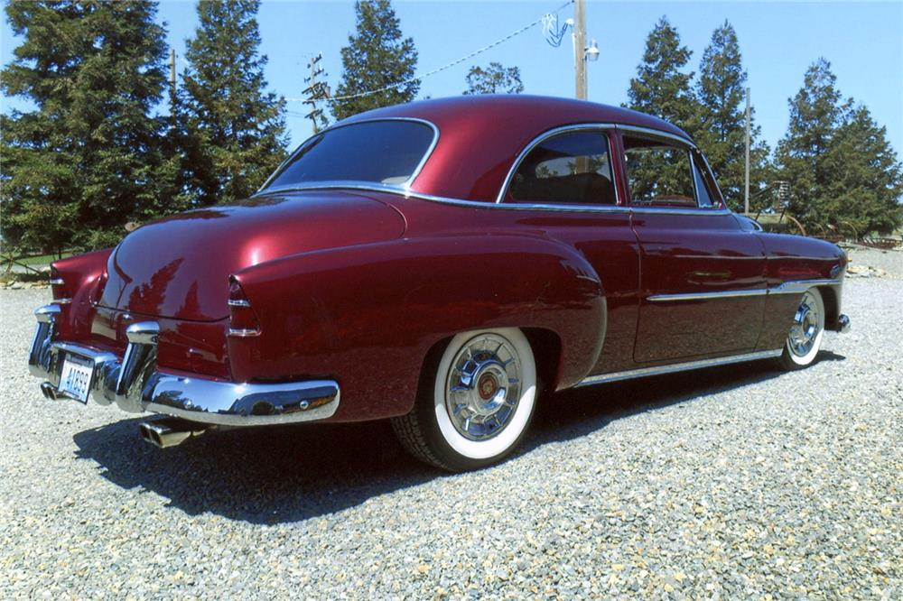 1951 CHEVROLET CUSTOM COUPE - Rear 3/4 - 187233