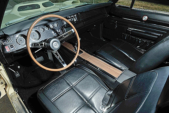 1969 DODGE DAYTONA WING RACE CAR - Interior - 187241