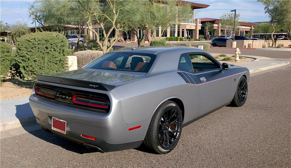 2015 DODGE CHALLENGER HELLCAT - Rear 3/4 - 187247
