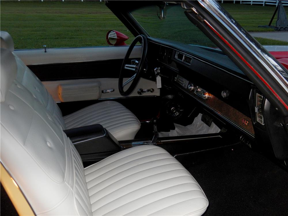 1970 OLDSMOBILE 442 W30 CONVERTIBLE - Interior - 187248