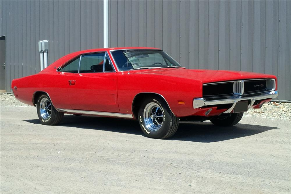 1969 DODGE CHARGER R/T - Front 3/4 - 187258
