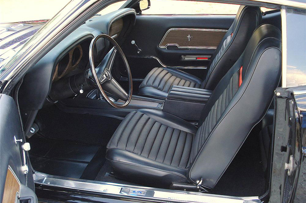 1970 FORD MUSTANG MACH 1 FASTBACK - Interior - 187260