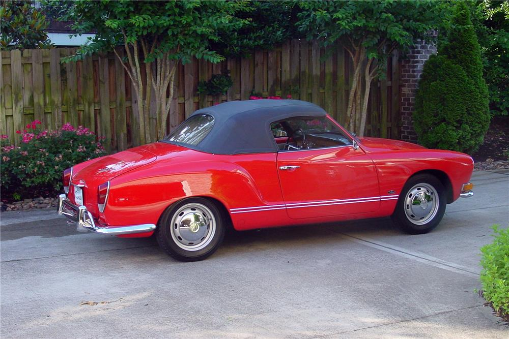 1971 VOLKSWAGEN KARMANN GHIA CONVERTIBLE - Rear 3/4 - 187290