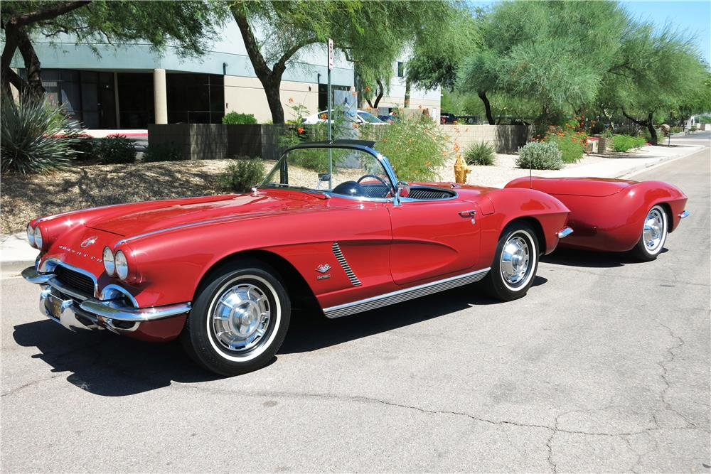 "1962 CHEVROLET CORVETTE 327 CONVERTIBLE ""FUELIE"" - Front 3/4 - 187299"