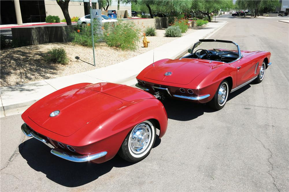 "1962 CHEVROLET CORVETTE 327 CONVERTIBLE ""FUELIE"" - Rear 3/4 - 187299"