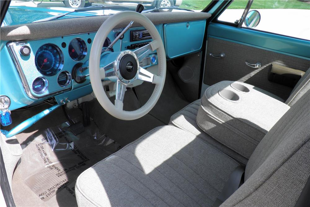 1970 CHEVROLET C-10 PICKUP - Interior - 187312