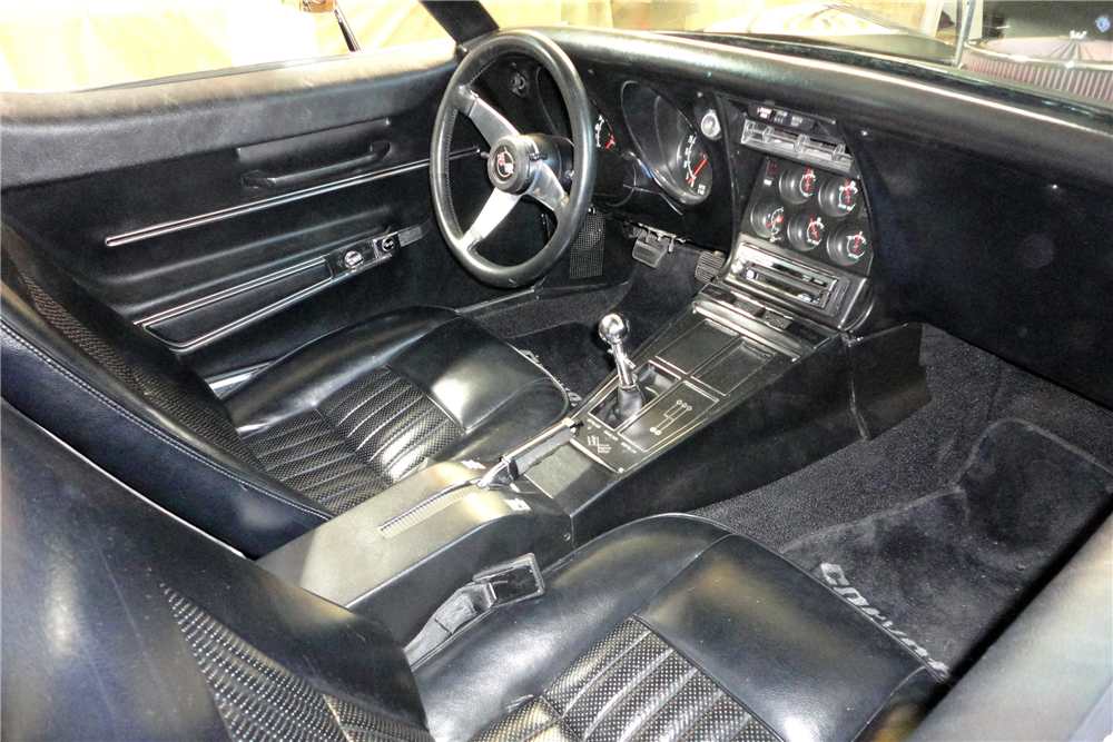 1968 CHEVROLET CORVETTE 427 - Interior - 187349