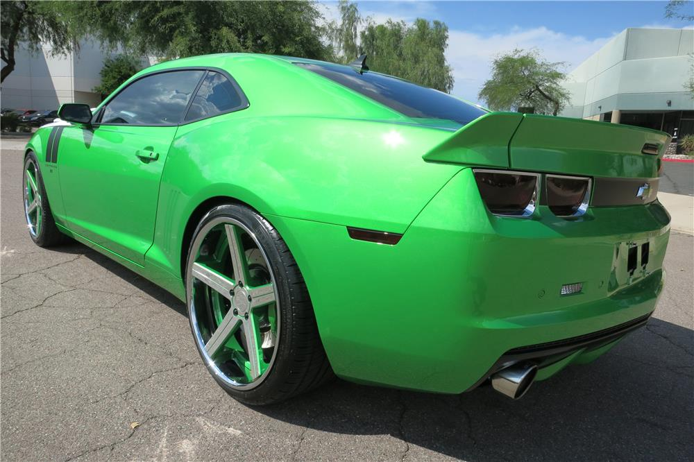 2011 CHEVROLET CAMARO SS CUSTOM COUPE - Rear 3/4 - 187400