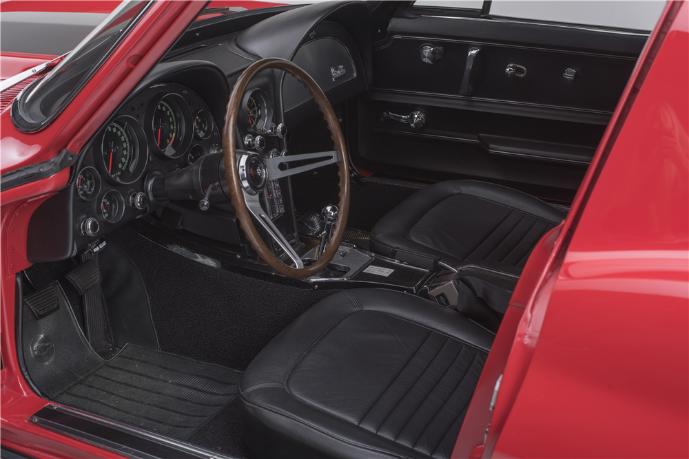 1967 CHEVROLET CORVETTE  - Interior - 187444