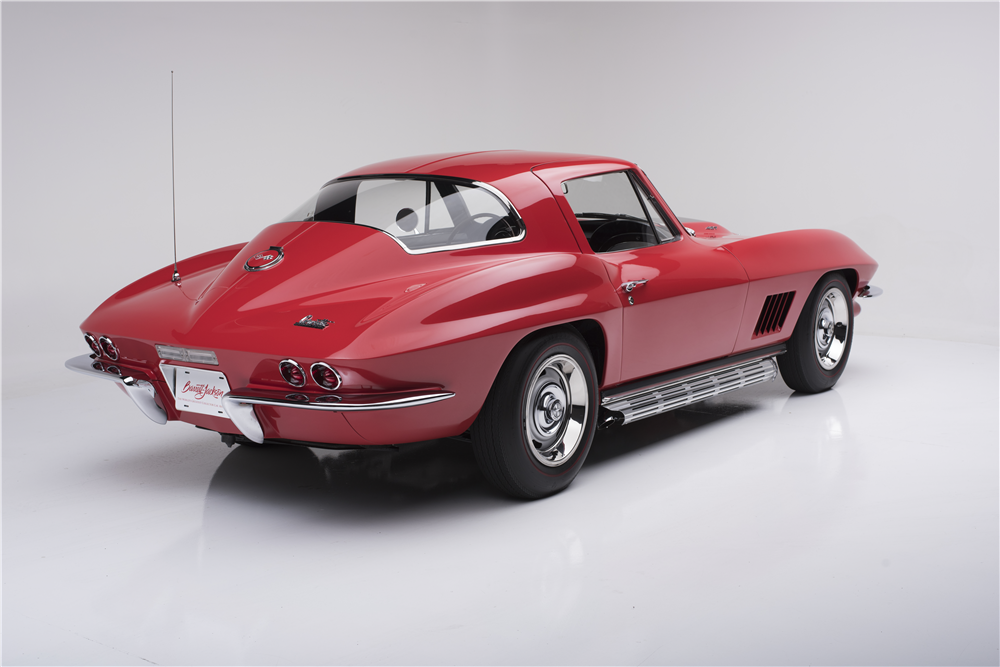 1967 CHEVROLET CORVETTE  - Rear 3/4 - 187444