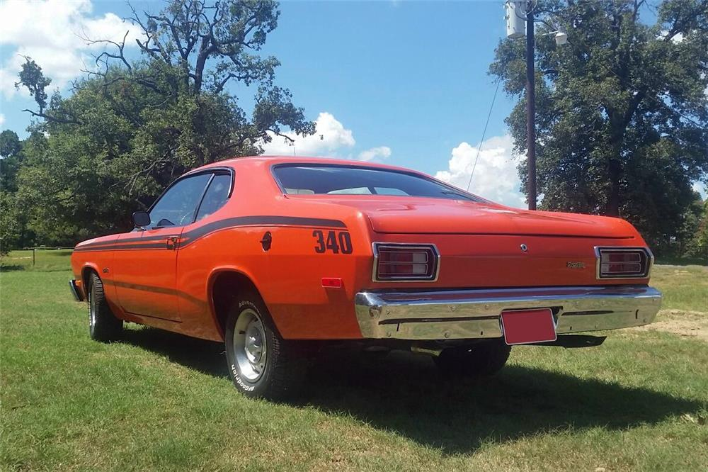 1974 PLYMOUTH DUSTER  - Rear 3/4 - 187445