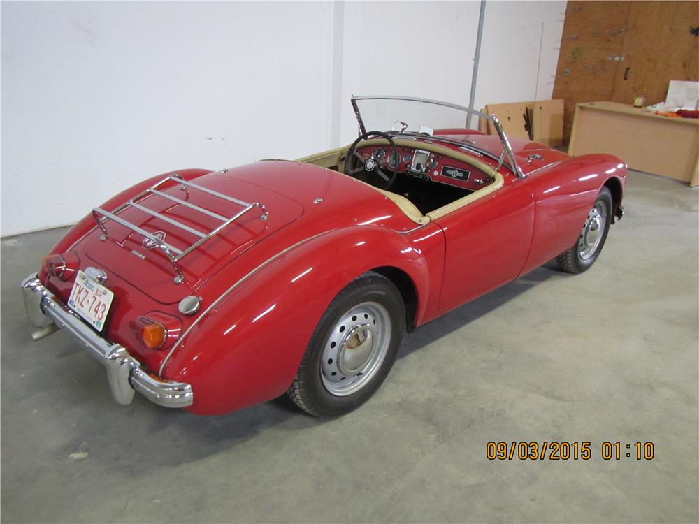 1961 MG A 1600 MARK I ROADSTER - Rear 3/4 - 187492
