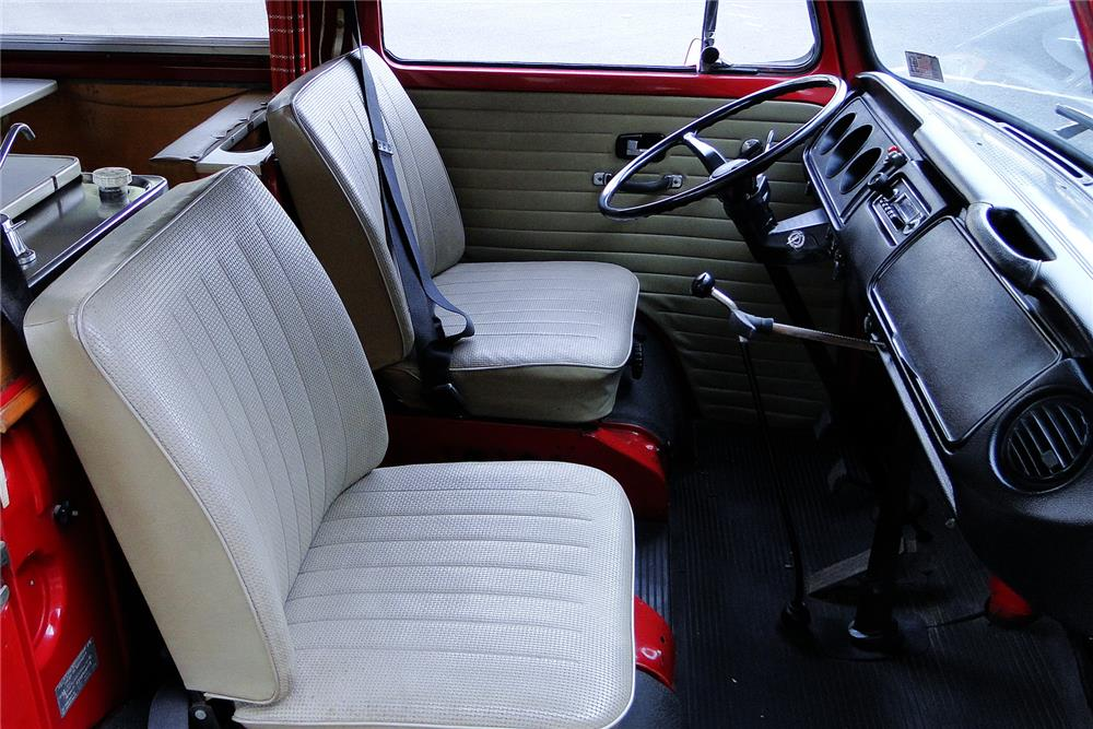 1970 VOLKSWAGEN WESTFALIA POP-TOP CAMPER - Interior - 187497